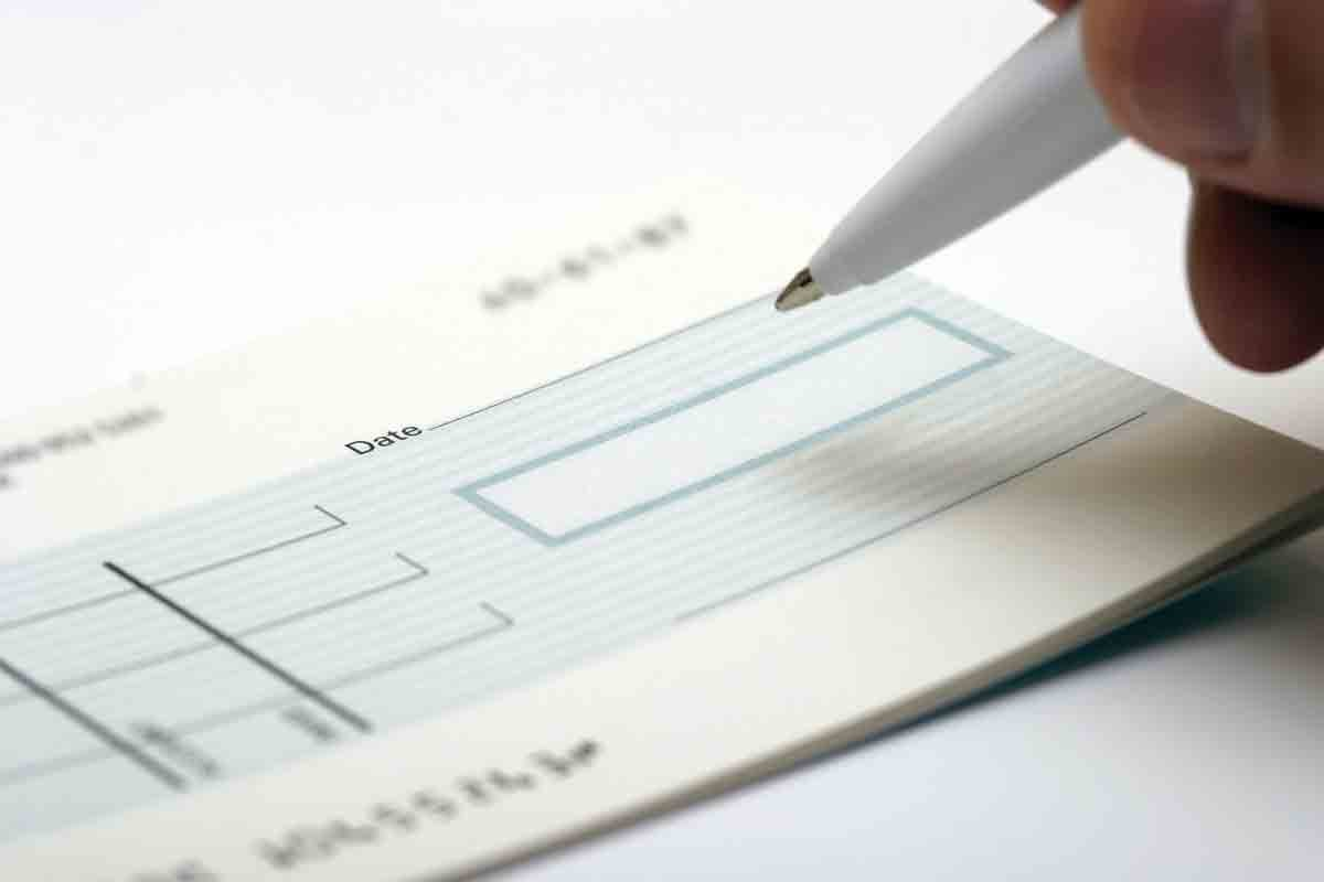 Understanding the cheque format and number.